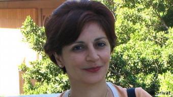 مسرت امیرابراهیمی: زنان با وبلاگنویسی توانستند خود تازهای خلق کنند