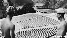 Die Thingstätte auf dem Loreley-Felsen bei St. Goarshausen am Rhein nach der Fertigstellung - veröffentlicht 16.06.1938 Rechte: ullstein bild