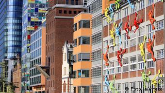 Deutschland Düsseldorf abwechselungsreiche Architektur im Medienhafen