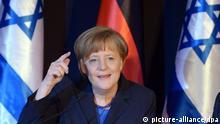 Bundeskanzlerin Angela Merkel (CDU) spricht am 25.02.2014 in Jerusalem (Israel) im Rahmen einer Pressekonferenz zu den Journalisten. Am 24. und 25. Februar kommen in Jerusalem die deutsche und die israelische Regierung zu den fünften Deutsch-Israelischen Regierungskonsultationen zusammen. Foto: Rainer Jensen /dpa