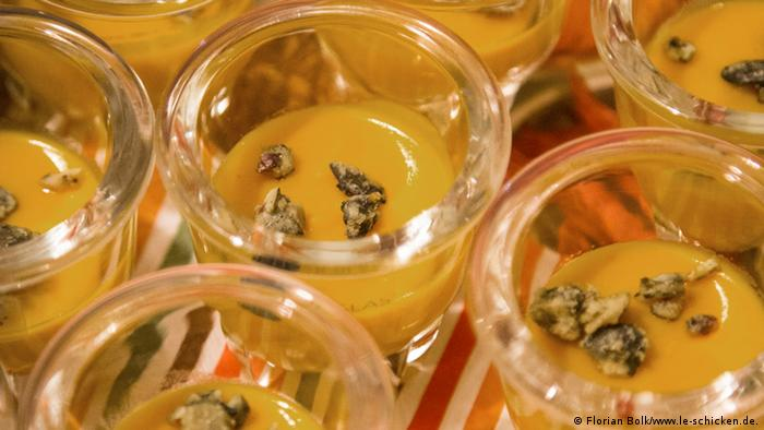 Close up of what looks like pudding in tiny jars at a FoodXchange Event in Berlin Photo: Florian Bolk