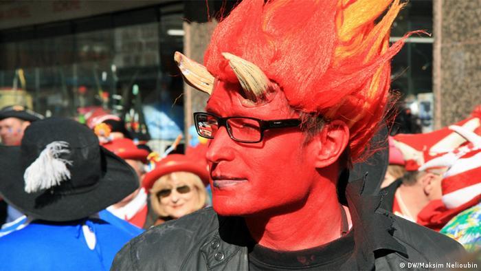 Участник карнавала в Кельне