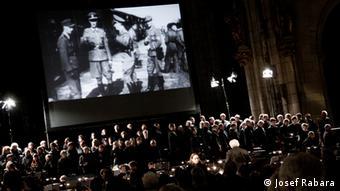 Aufführung des Defiant Requiem im St.-Veits-Dom in Prag, 2. Juni 2013 (© Defiant Requiem Foundation, Foto: Josef Rabara)