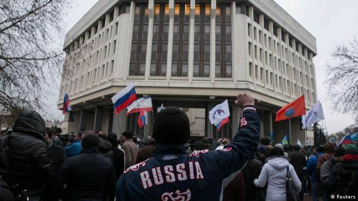 Pro russische Demonstration in Simferopol auf der Krim