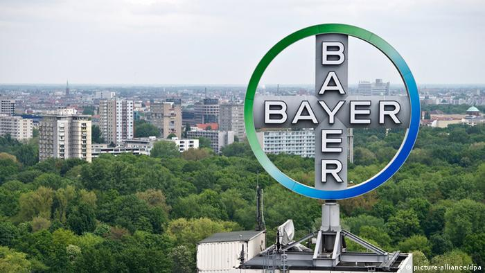 Gigantic Bayer logo visible on a roof over Berlin (Photo: Tobias Kleinschmidt dpa/lbn)