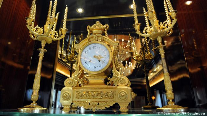 Годинник з резиденції Віктора Януковича у Межигір'ї