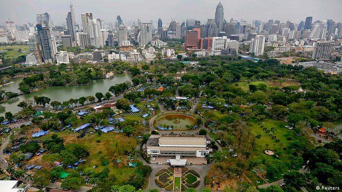 Bangkok Lumpini Park Protest gegen Regierung 1.3.2014