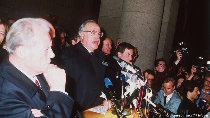 Audioslideshow Helmut Kohl 10 Jahre Mauerfall