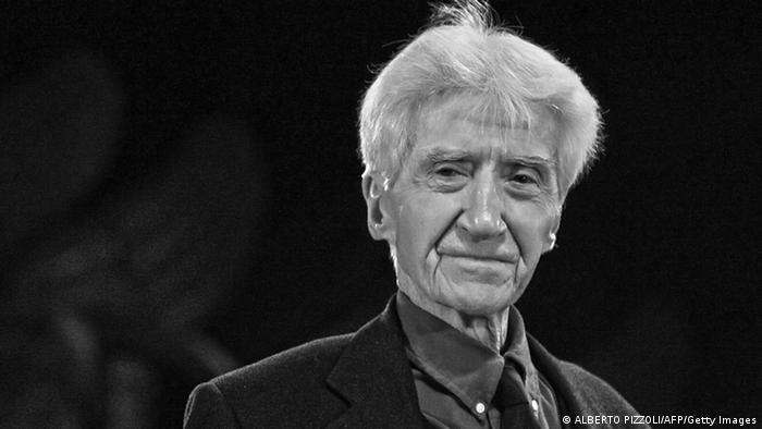 French director Alain Resnais ALBERTO PIZZOLI/AFP/Getty Images