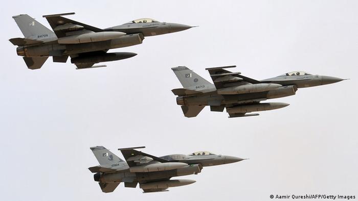 Pakistanische Kampfjets F-16 (Aamir Qureshi/AFP/Getty Images)