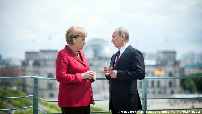 Merkel Putin Berlin Reichstag