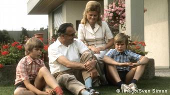 H oικογένεια Κολ το 1974 στο Λουντβιχσχάφεν: Βάλτερ, Χέλμουτ, Χανελόρε, Πέτερ