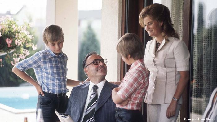 Гелимут Коль вдома у родинному колі