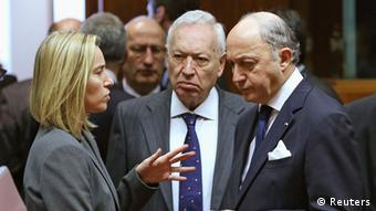 The Italian, Spanish and French foreign ministers have a discussion