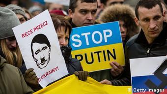 Polen - Proteste gegen Putin in Warschau (Foto: AFP)