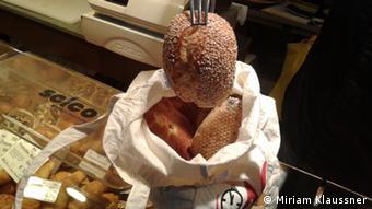 Brot in Jutebeutel (Foto: DW/Miriam Klaussner).