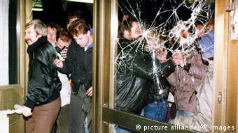 Erstürmung Stasi-Zentrale 1990