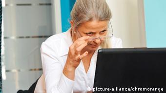 در کشورهای توسعهیافته ترس از اینترنت و فنآوری بیشتر در میان سالمندان رایج است