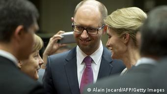 Arseniy Yatsenyuk and Ursula von der Leyen (Foto: Alain Jocard/AFP/Getty Images)