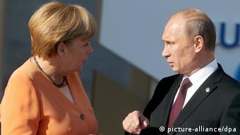 Angela Merkel (left) and Vladimir Putin (Photo: Kay Nietfeld/dpa)