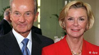 Reinhard und Liz Mohn erhalten Teddy-Kollek-Preis