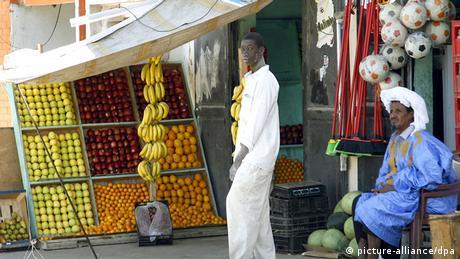 Obsthändler in Nouakchott, Mauretanien