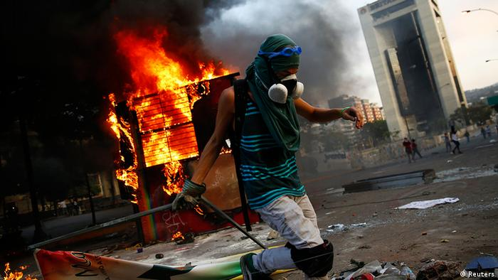 Venezuela Unruhen Demonstranten in Caracas