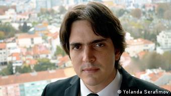 El director venezolano Carlos Izcaray.