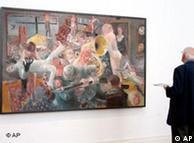 Visitante em exposição no Museu Martin-Gropius-Bau, em Berlim
