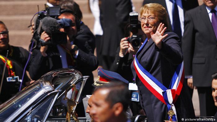 La iniciativa, que regirá para los comicios legislativos de 2017, podrá ser promulgada los próximos días por la presidenta Michelle Bachelett, quien asumió el poder en 2014 enarbolando un programa de reformas políticas, tributarias y sociales.