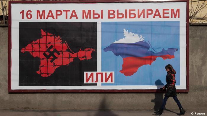 Plakat zum Krim-Referendum: Westukrainer als Nazis und Faschisten beschimpft (Foto: Reuters)
