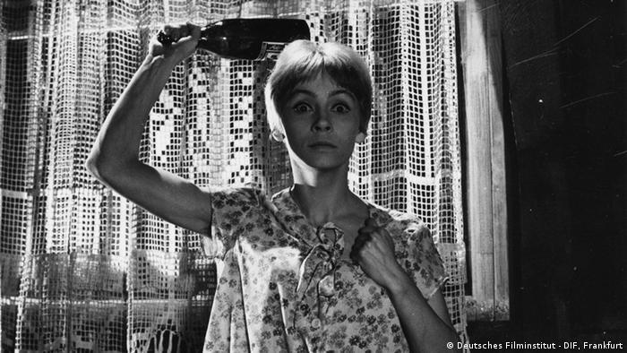 Кадр из фильма Карла