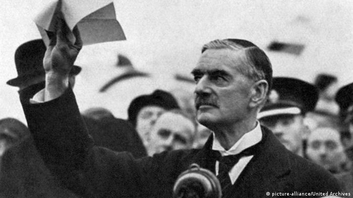 Arthur Neville Chamberlain 1938 (picture-alliance/United Archives)