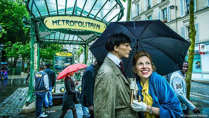 Suzanne Heintz with Ozzie in Paris (Copyright: Suzanne Heintz)