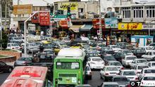 Ein ganz normaler Tag in Teheran. Das leben im Stau. Quelle: Tabnak Lizenz: Frei