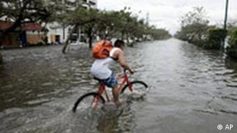 Überschwemmungen in Cancún nach Hurrikan Wilma 2005 (Foto: AP)