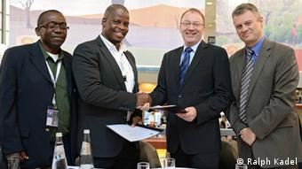 From l. to r.: Simon Munthali (KAZA Technical Advisor), Frederick Dipotso (KAZA Executive Director), Michael Tecklenburg (Head of DW Akademie's Africa division), Christopher Springate (Project Manager, DW Akademie), photo: Ralph Kadel.