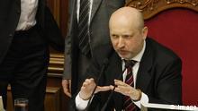 Ukrainischer Übergangspräsident Alexander Turtschinow vor dem Parlament in Kiew 15.03.2014