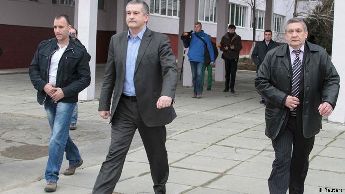 Krim-Premierminister Sergei Aksyonov nach der Wahl. (Foto: Reuters).