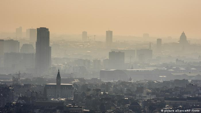 A layer of smog covers the city of Brussels