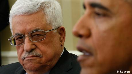 Obama se reúne con Abbas y le pide tomar decisiones