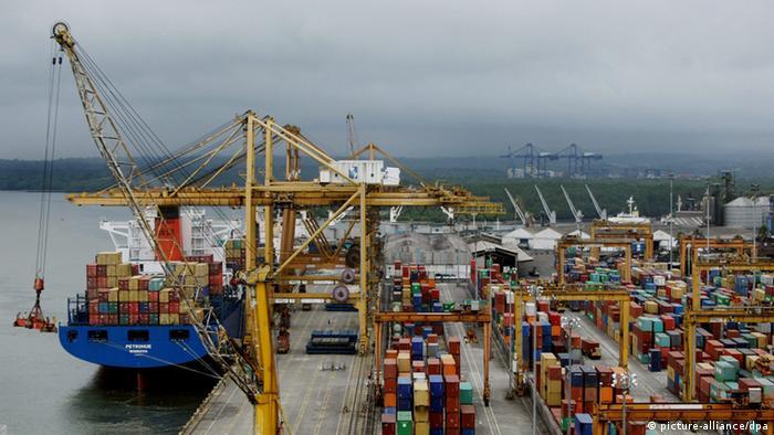 Puerto de Buenaventura en el Pacífico colombiano