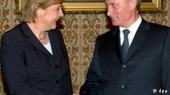 Erdgas-Pipeline durch die Ostsee, Merkel, Putin