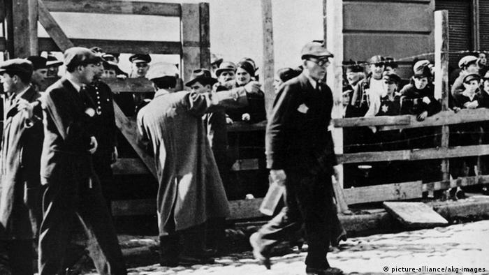 Entrance to the ghetto, 1942