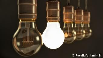 Light bulb Photo: chianim8r