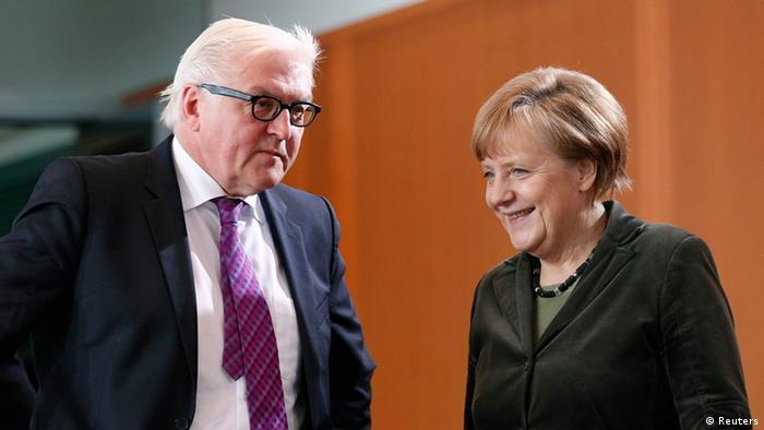 Bundeskanzlerin Merkel und Außenminister Steinmeier (Foto: Reuters)