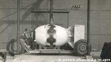 Transport der Atombombe 'Fat Man'
