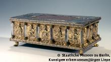 Tragaltar mit Bergkristallsäulen aus dem Welfenschatz