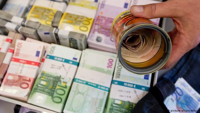 Niemcy trzymaj pieni dze pod materacem bundesbank - Nascondere soldi in casa ...