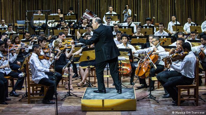 Theater in Trancoso Brasilien EINSCHRÄNKUNG